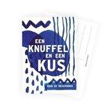 Knuffel door de brievenbus - Ansichtkaart_