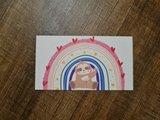 De Blije Luiaard met Regenboog - Minikaartje