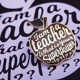I am a teacher Pin Zwart_