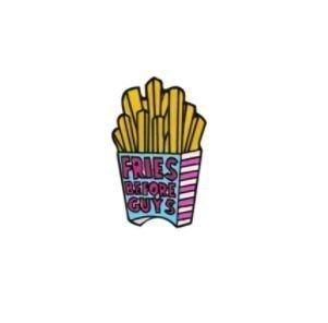 Fries Before Guys Broche / Pin