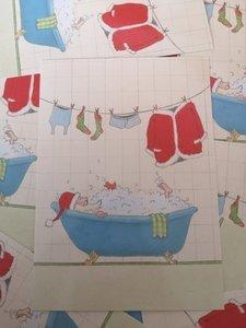 Kerstman in Bad Kerst Ansichtkaart