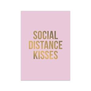Social Distance Kisses - Ansichtkaart
