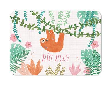 Big hug Luiaard met kleintje - Ansichtkaart