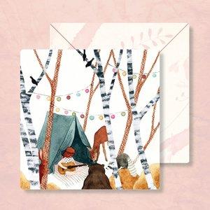 Feest met Muziek in Tent in het Bos - Vierkante Postkaart met Envelop